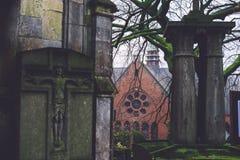 历史的公墓和教堂在跟特,比利时 免版税库存图片