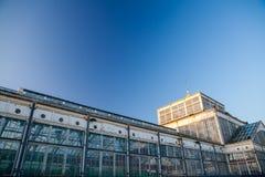 历史的冬天庭院玻璃和钢大厦 大雅默斯 免版税库存照片