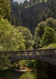 历史的哥伦比亚河高速公路桥梁 库存图片