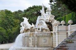 历史的喷泉在维也纳 免版税库存图片