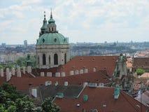 历史的城市布拉格看法,好的老地标和大厦、屋顶和塔 捷克共和国的访问,欧洲 库存照片