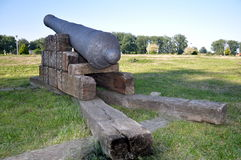历史的大炮建于17-18世纪 免版税库存照片