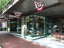 历史的大街的帆柱百货商店位于哥伦比亚,南卡罗来纳 免版税库存图片