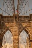 历史的布鲁克林大桥细节在纽约 免版税库存图片