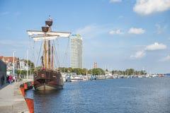 历史的帆船在Travemà ¼ nde港口  图库摄影