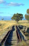 历史的废弃的铁轨通过NSW乡下 库存图片