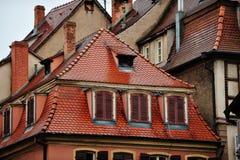 历史的房子,科尔马,法国屋顶  库存照片