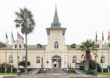 历史的斯瓦科普蒙德火车站,现在旅馆、赌博娱乐场和ente 免版税库存图片