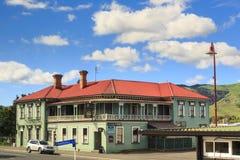 历史的旅馆大厦,修建在19世纪90年代 Paeroa, NZ 库存图片