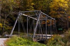历史的普拉特桁架桥-东部叉子Greenbrier河,西维吉尼亚 免版税库存照片