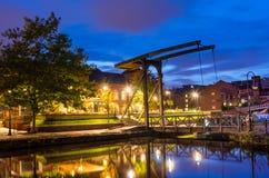历史的木吊桥 免版税库存照片