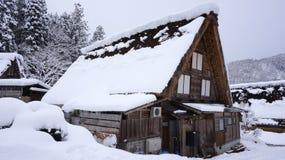 历史的村庄在冬天白川町去 库存图片