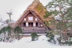 历史的村庄在冬天,一个世界文化遗产站点白川町去在岐阜,日本 库存图片