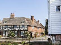 历史的村庄在Tewkesbury,格洛斯特郡,英国 库存照片