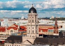 历史的柏林大教堂,天foto 免版税图库摄影