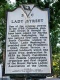 历史的标志招贴;命名Street夫人在哥伦比亚,南卡罗来纳 库存照片