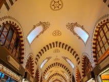 历史的玉米市场的顶面天花板 免版税库存照片