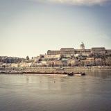 历史的王宫美丽的景色在布达佩斯 免版税库存图片