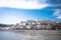 历史的王宫美丽的景色在布达佩斯 免版税库存照片