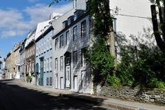 历史的用木材建造的大厦,魁北克市,加拿大 免版税库存照片