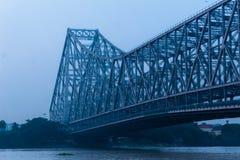 历史的第二座豪拉桥梁看法在Hooghly河加尔各答的 库存图片