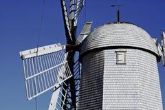 历史的荷兰风车右边 库存照片