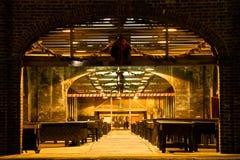历史的街市查尔斯顿市场在晚上 库存图片