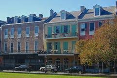 历史的西班牙样式行格住宅,新奥尔良 库存照片