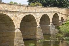 历史的里士满石头桥梁在塔斯马尼亚岛澳大利亚 库存图片
