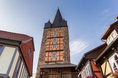 历史的防御塔Schreckensturm在Quedlinbu的中心 库存照片
