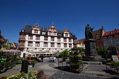 历史的集市广场的看法科堡的,德国 免版税库存图片