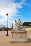 历史的雕塑在Tuileries庭院里在巴黎,法国 免版税库存图片