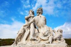 历史的雕塑在Tuileries庭院里在巴黎,法国 免版税库存照片