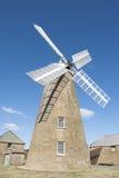 历史的面粉风车和博物馆在Oatlands塔斯马尼亚岛 免版税库存照片