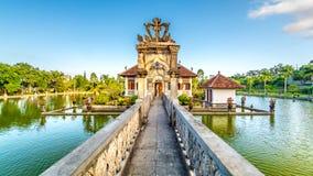 历史的水宫殿在巴厘岛 库存图片