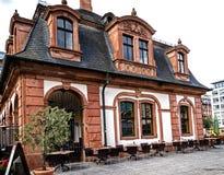 历史的Café Hauptwache在法兰克福是普遍的会址从它的开头在100年期间前 免版税库存图片