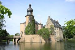 历史的moated城堡Gemen在Bocholt,德国 库存照片