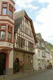 历史的tudor房子 库存照片