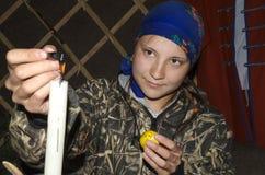 历史节日, Birsk,巴什科尔托斯坦共和国,俄罗斯, 6月30共和国日2017绘画主要类的女孩怂恿 库存图片