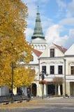 历史镇中心在秋天 免版税库存图片