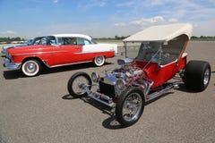 历史1925年福特显示的旧车改装的高速马力汽车在布鲁克林每年春天车展的古色古香的汽车协会 库存图片