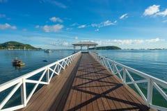 历史Asdang白海桥梁在Sichang海岛,芭达亚 库存图片