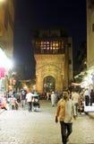 历史Moez街道的人们在埃及 免版税库存照片