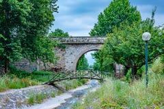 历史Setbasi桥梁看法在伯萨,土耳其 免版税库存照片