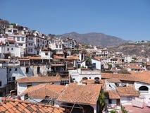 历史Taxco de阿拉尔孔市著名都市风景风景格雷罗州状态的在墨西哥 库存照片