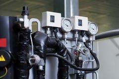 压力指示器的图象在机器的 图库摄影