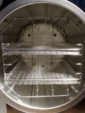 压热器房间机架来回架子 免版税库存照片