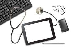 压片触摸板和办公用品在桌上 向量例证