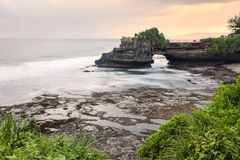 巴厘岛印度尼西亚批次tanah寺庙 免版税库存照片