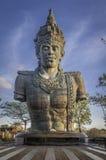 巴厘岛巨型印度尼西亚雕象vishnu 库存照片